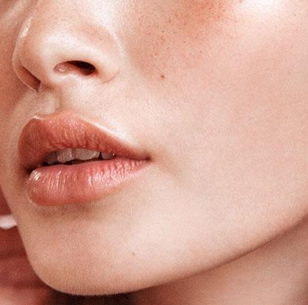 Women's Health: Beat Oily Skin With This Morning To Evening Routine - READ FULL ARTICLE