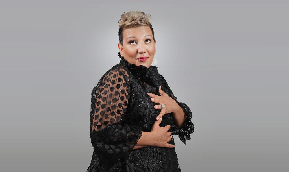 MARIA FALZONE - Comedian & Inspirational Speaker.