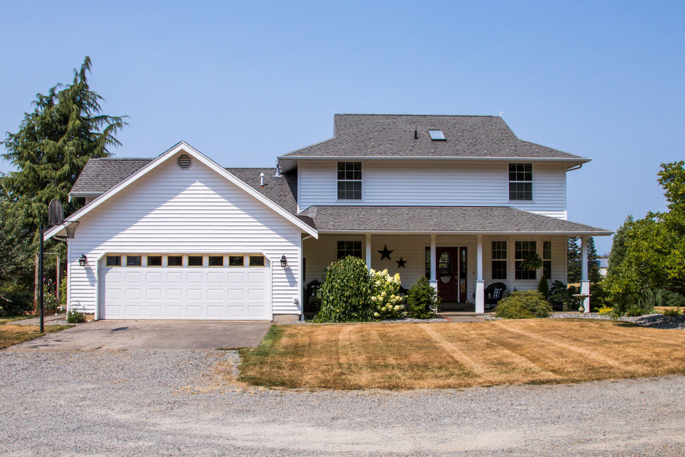 Home on Acreage for Sale