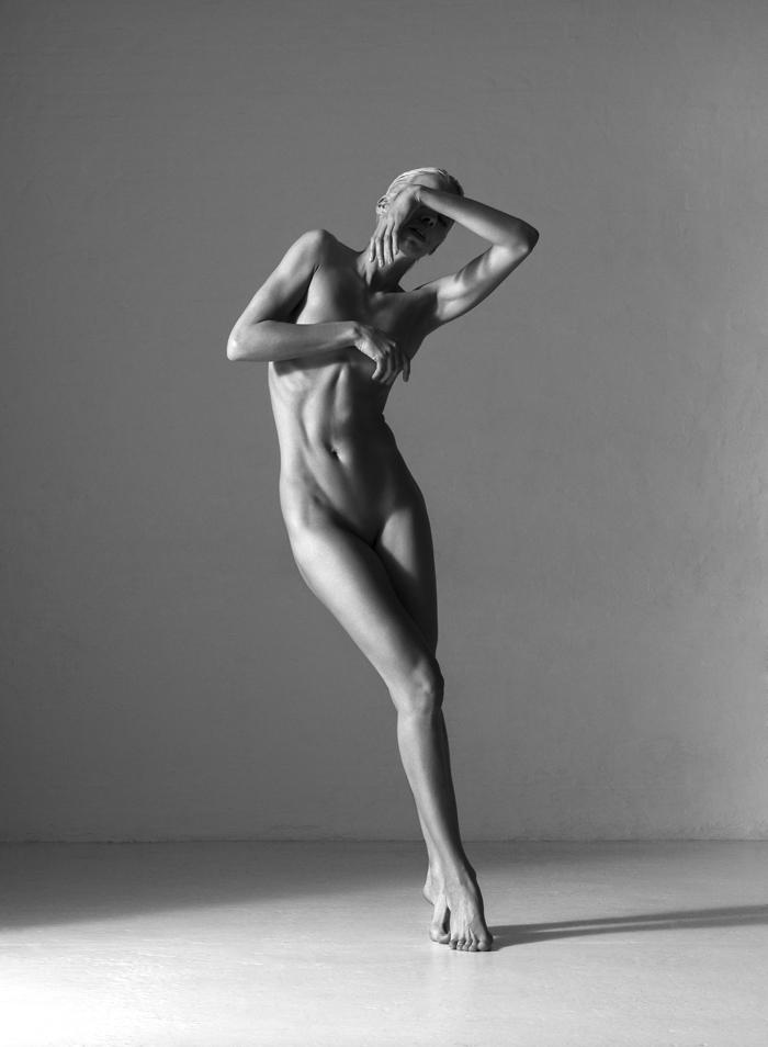 Thomas-Holm-for-Cole-Magazine-nude-model.jpg