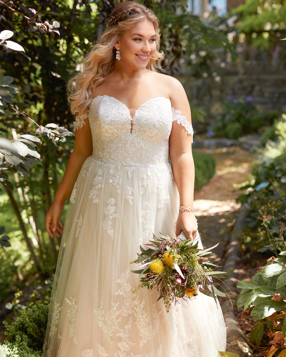 plus-size-wedding-dresses-essence-of-austrailia-j-andrews.png