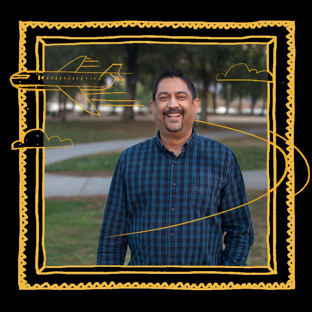 """Philippe - Fremont, CA""""Los reportes que Aura realiza al Buró de Crédito me ayudaron a aumentar mi Score y me ayudaron a obtener una tarjeta de crédito con una tasa de interés justa""""."""