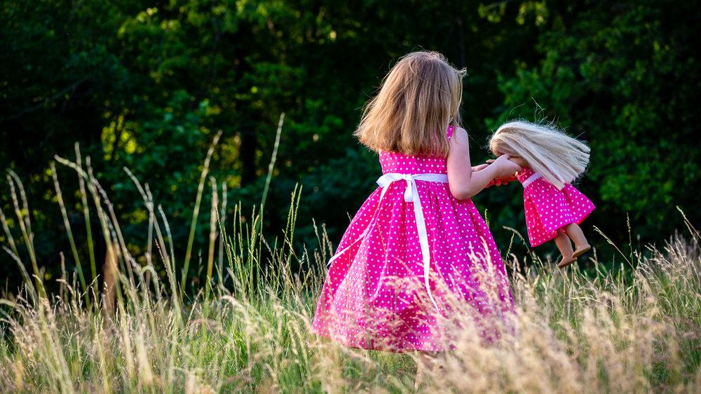 Girl_pink_dress_doll_bear_03.jpg