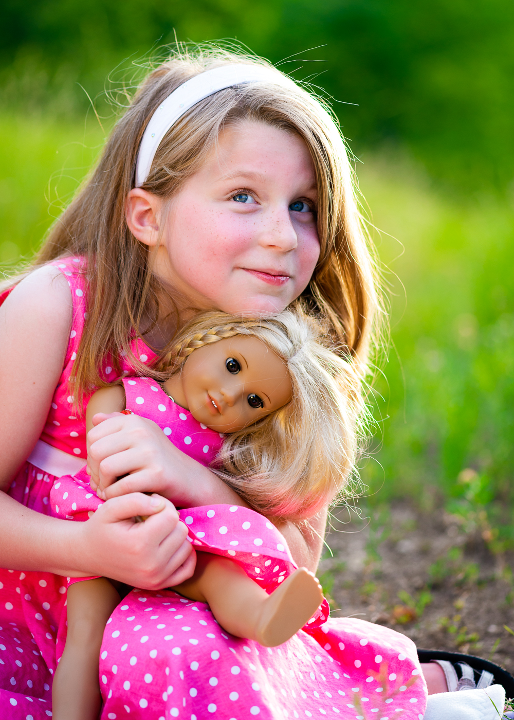 Girl_pink_dress_doll_bear_09.jpg
