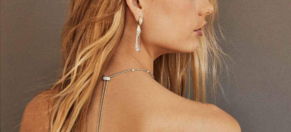 strapless-dress-kendrascott-bridaljewelry