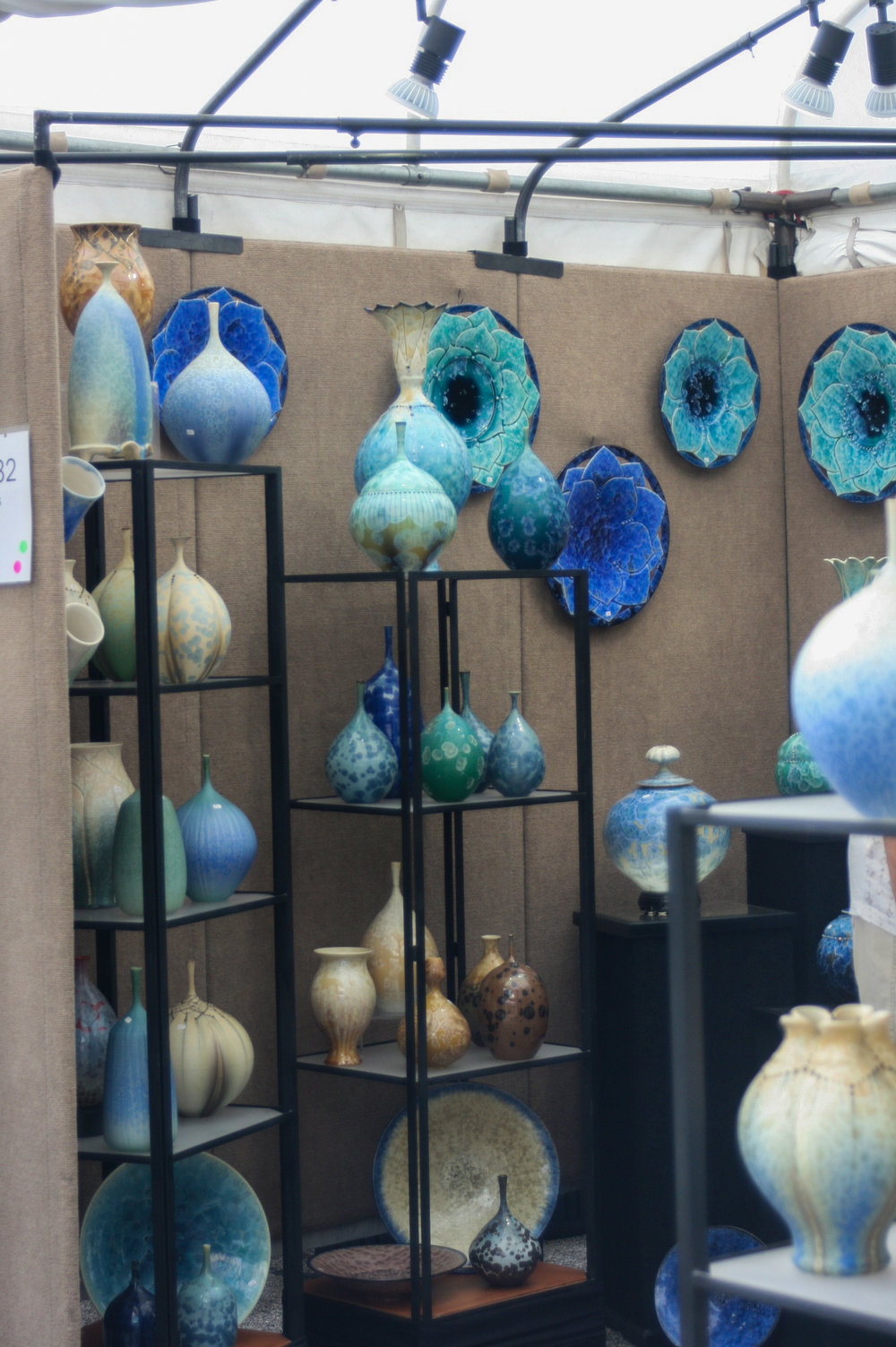 ARTISTS - Showcasing 130 nationally recognized artists who love Peoria! Original works of art will include jewelry, painting, ceramics, photography, digital art, printmaking, mixed media, metal, glass, wood, sculpture, fiber, leather, and wearable fiber.
