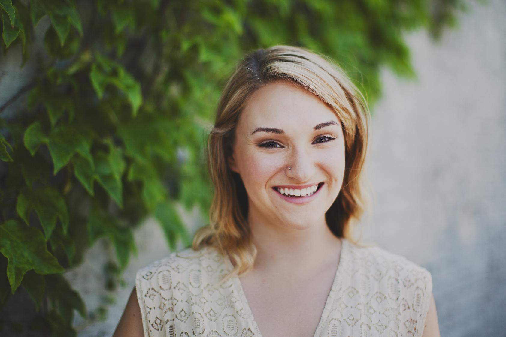 Sarah at Farmers Market shot by Emily Gude 3