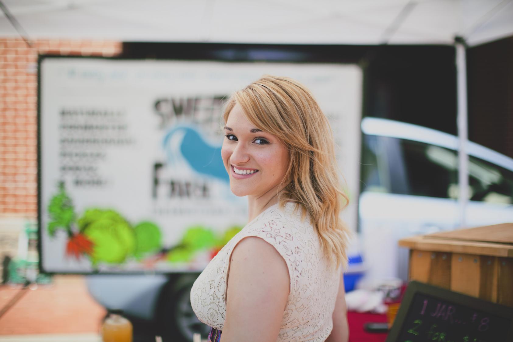 Sarah at Farmers Market shot by Emily Gude 2