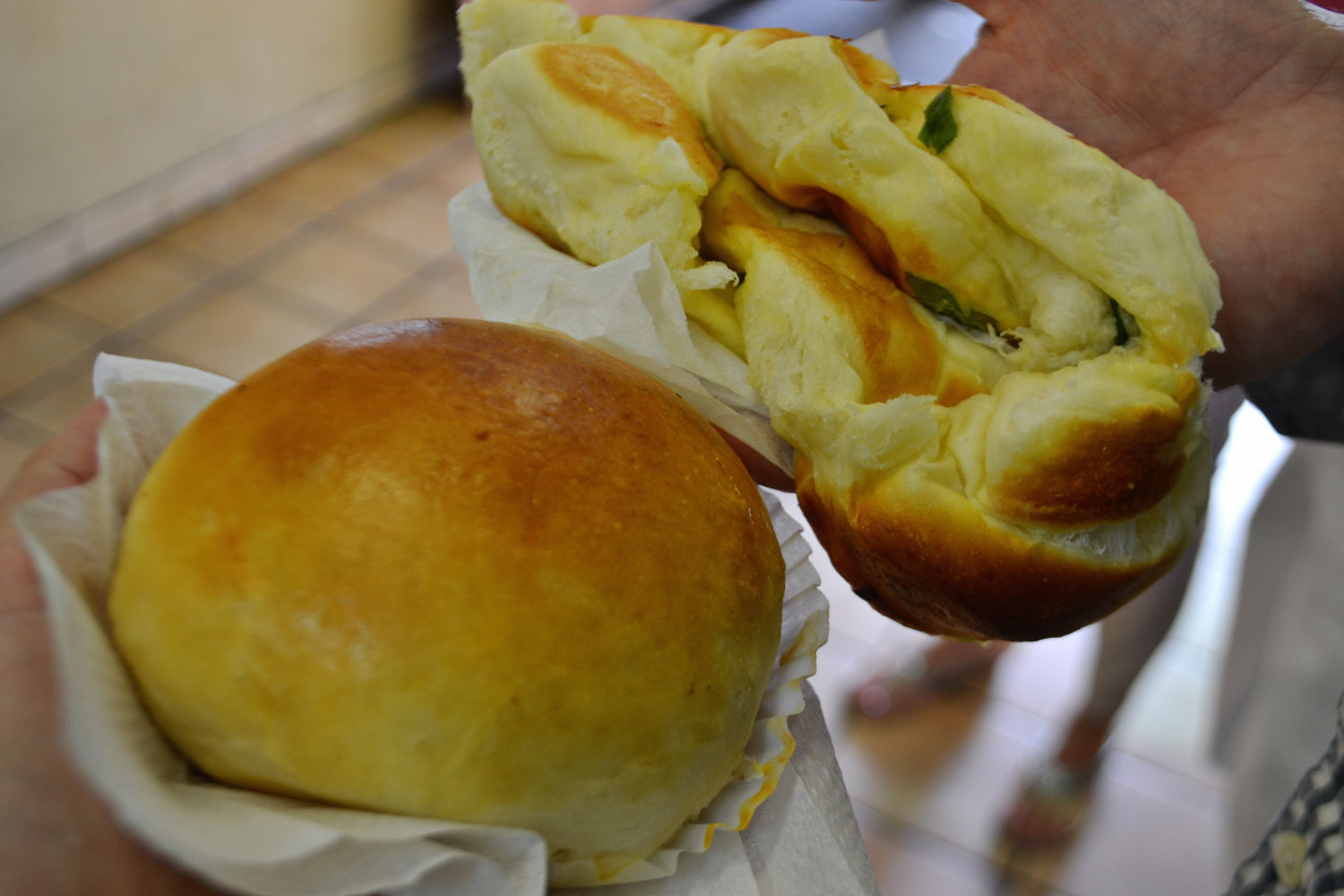 breakfast-buns-on-chinatown-food-tour