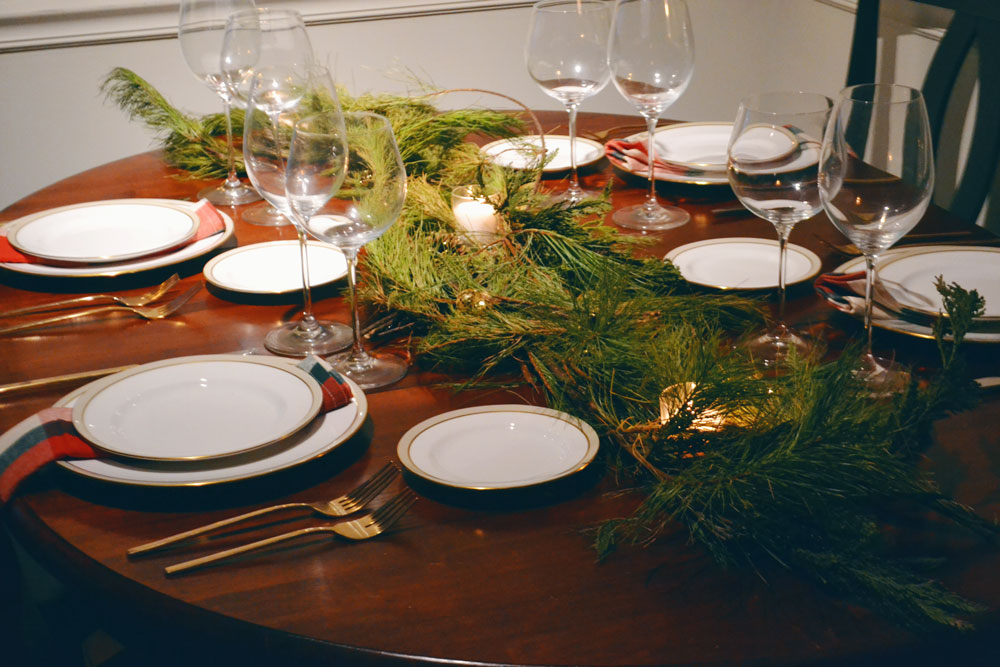 christmas-eve-table-setting-2