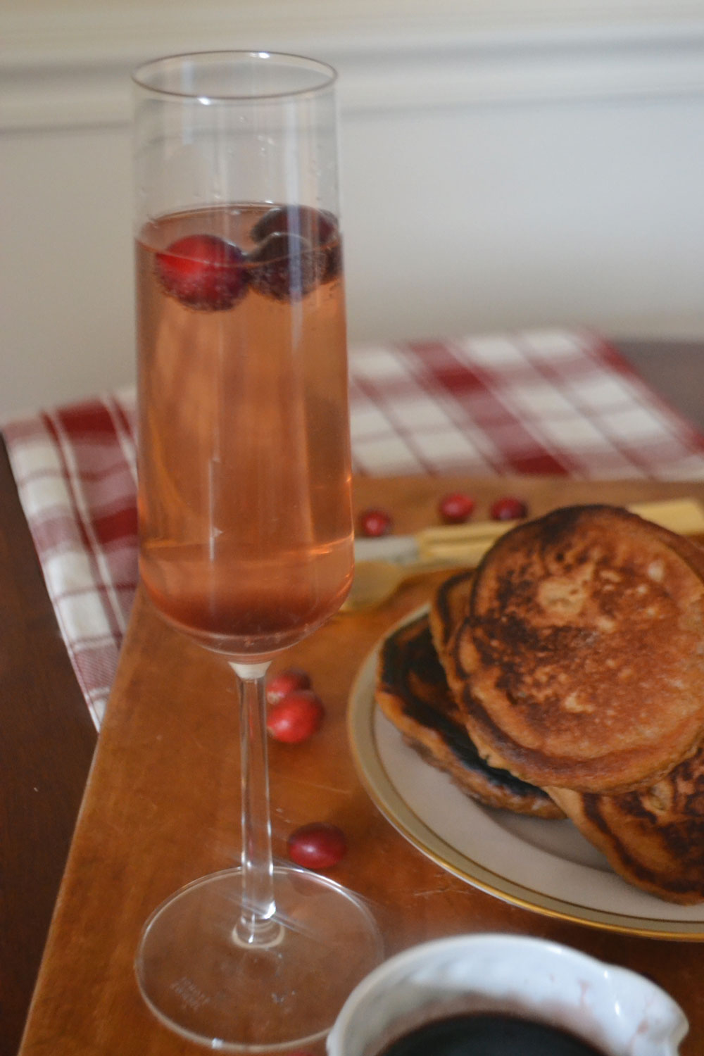 cranberry-topped-champagne