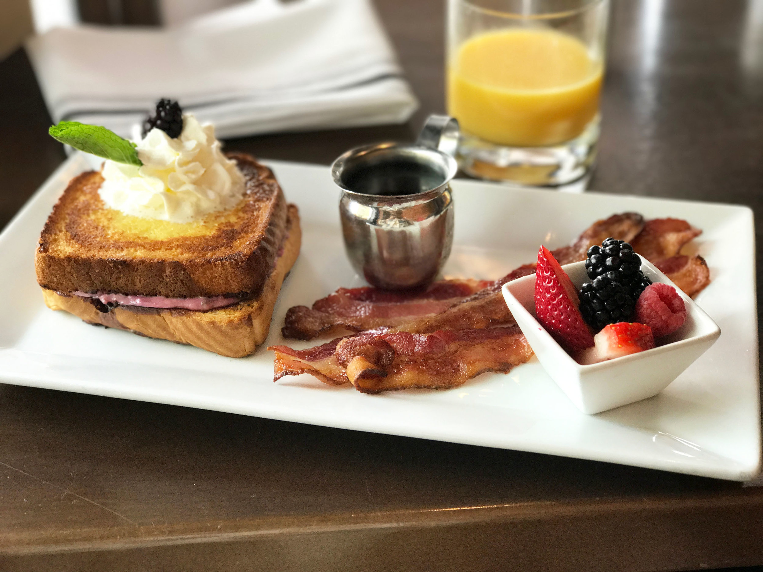 Hootch and Banter French Toast | Weekend Vibes | BySarahRae.com