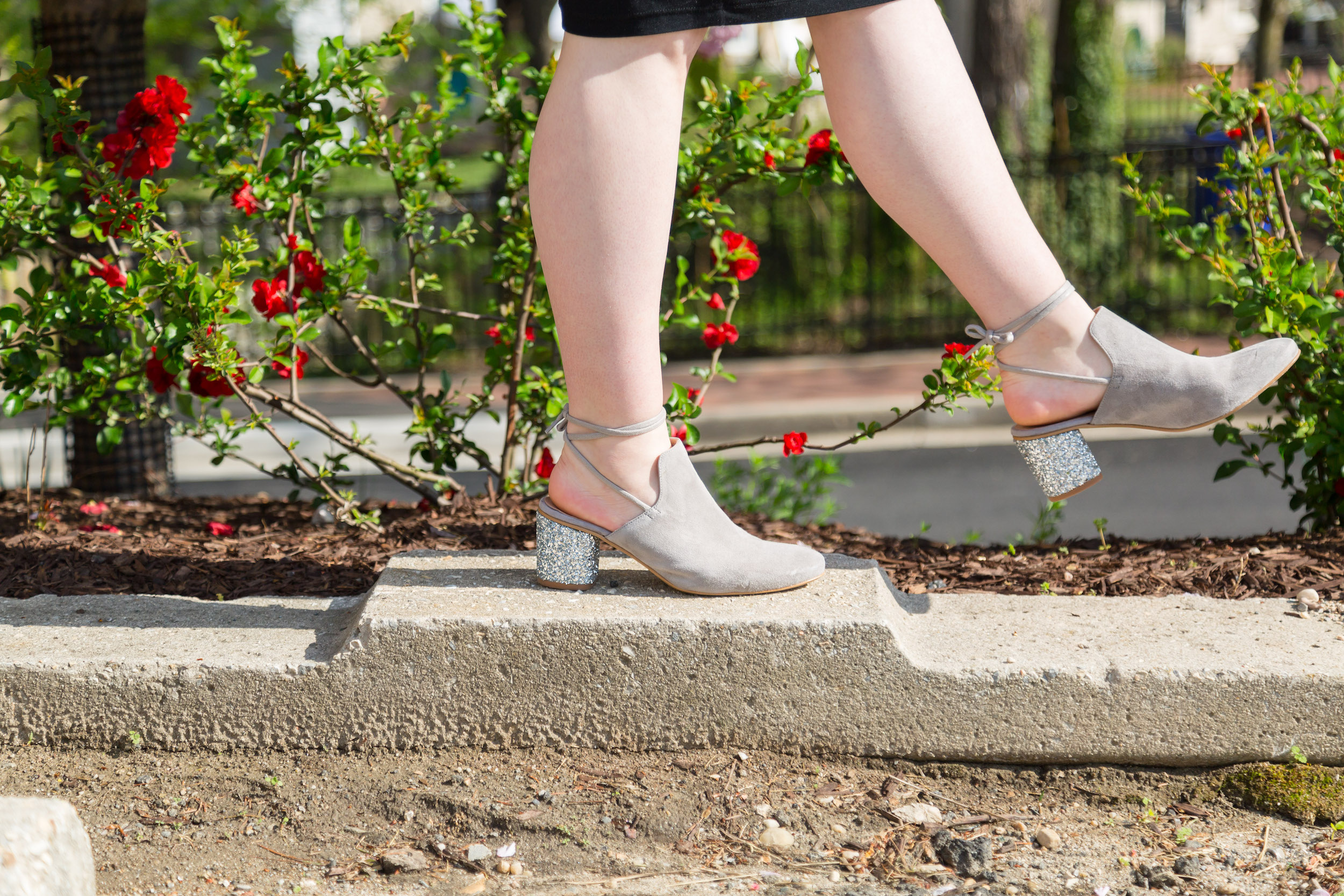 accesorizing the bump cute shoes | bysarahrae.com