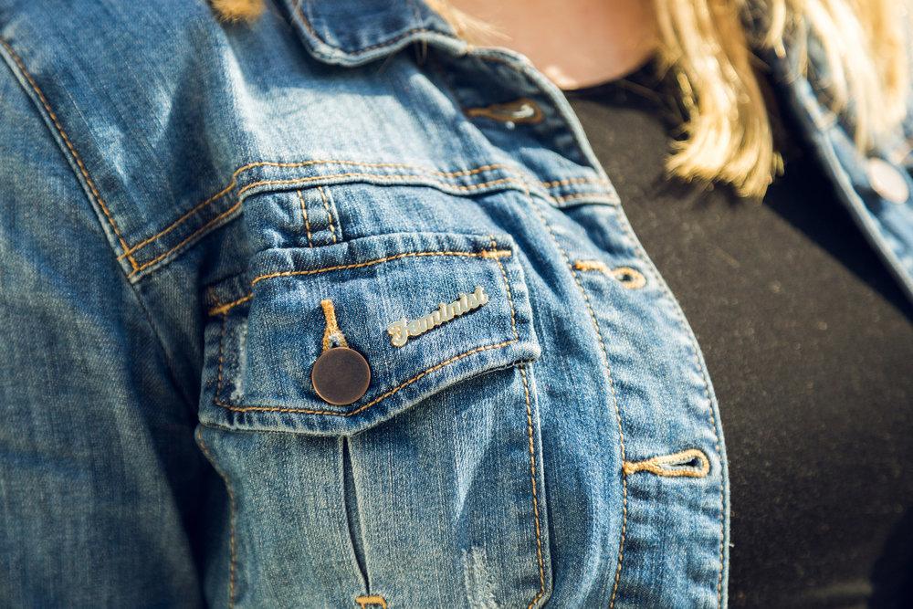 accessorizing-the-bump-flair.jpg