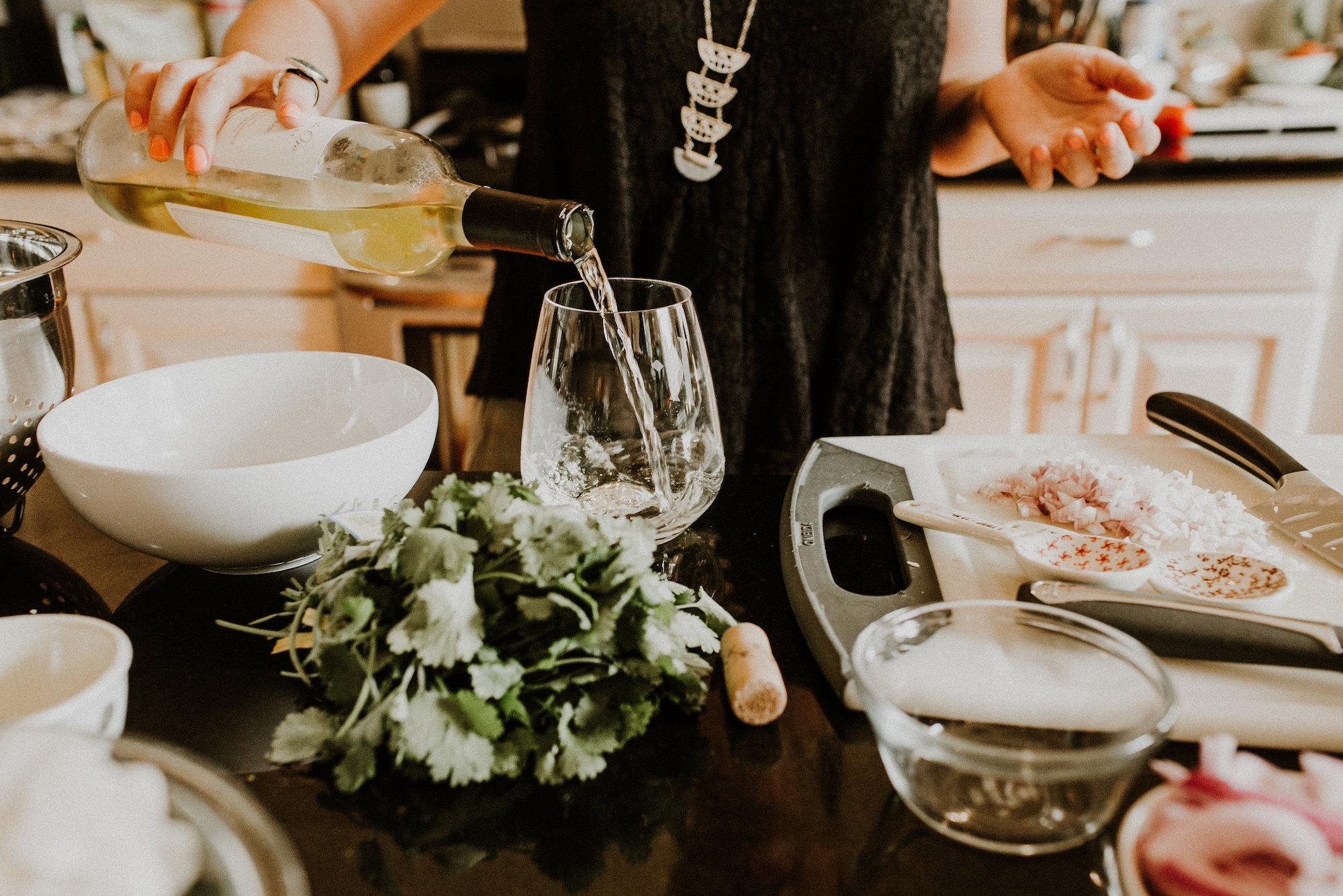 No dinner party is complete without good drinks | Summer Dinner Party | BySarahRae.com