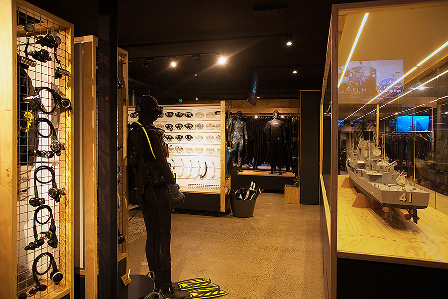 Sunreef Mooloolaba – Dive Retail Store Fit Out Design