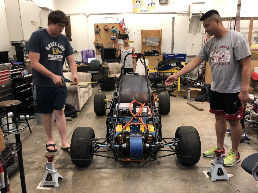 Joule was was rollin' the crab walk harder than any whip on the streets… and that needed to change! So the newly established Pit Crew went to work with QV to establish the procedure for our first alignment.  In Picture: Chief Engineer Xavier Dedenbach (left), Professor QV (right)