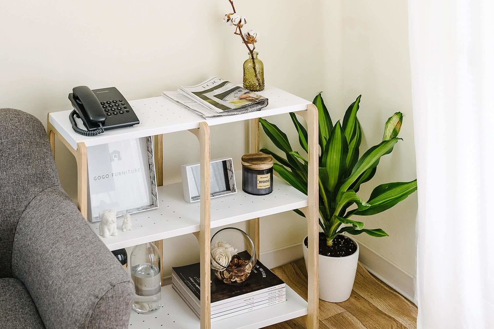 家必须的床、层架、桌子、椅子都可以在走走家具中找到。