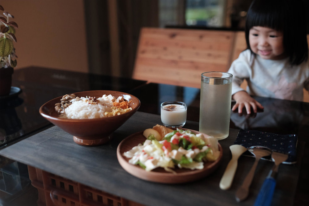 饮食也以零废弃为目标,图为「春茶米.饭套餐」。