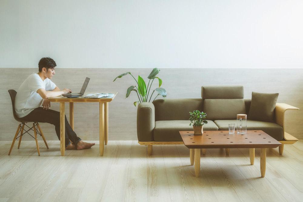 模组化沙发《CubeeWood》。