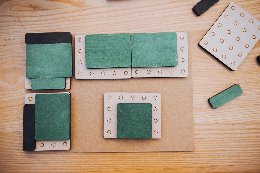 门市有Cubee拼图供客人组合,试想符合空间和个人需求的尺寸。 -