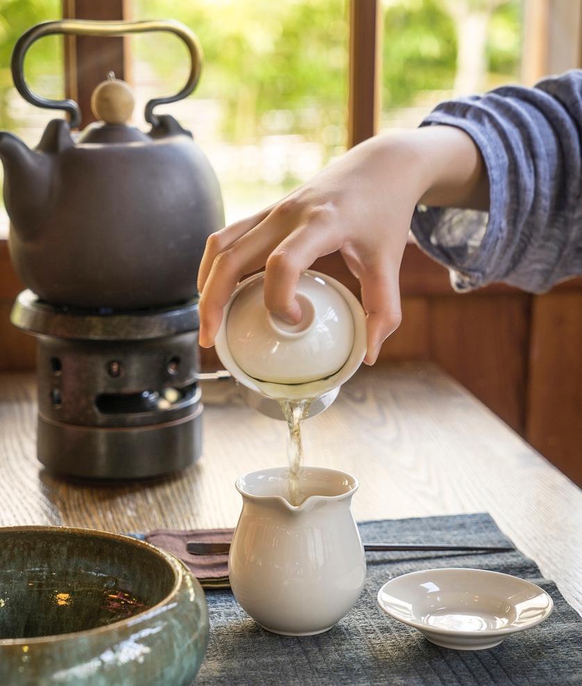 位处西门町的热闹,却能闹中取静。在清幽的环境泡茶,更能体现茶的奥妙。