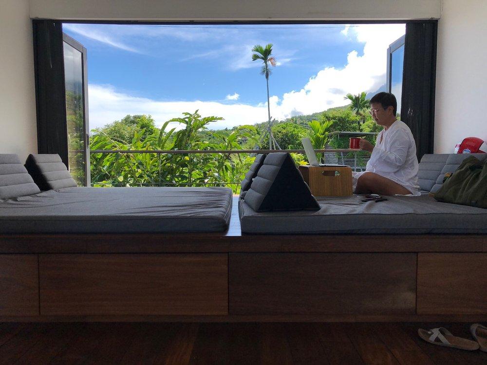 Ming在台东的房子采开放式设计,和自然零距离。