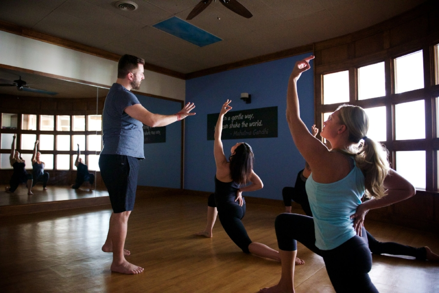 First yoga, mediation, fitness, or cycling class at Yen Yoga & Fitness? New students start here.
