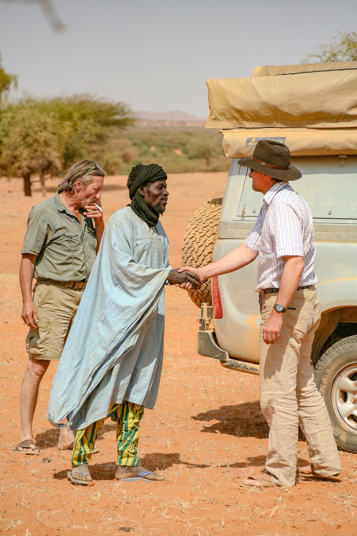 DESERT ENCOUNTERS. (Mali)
