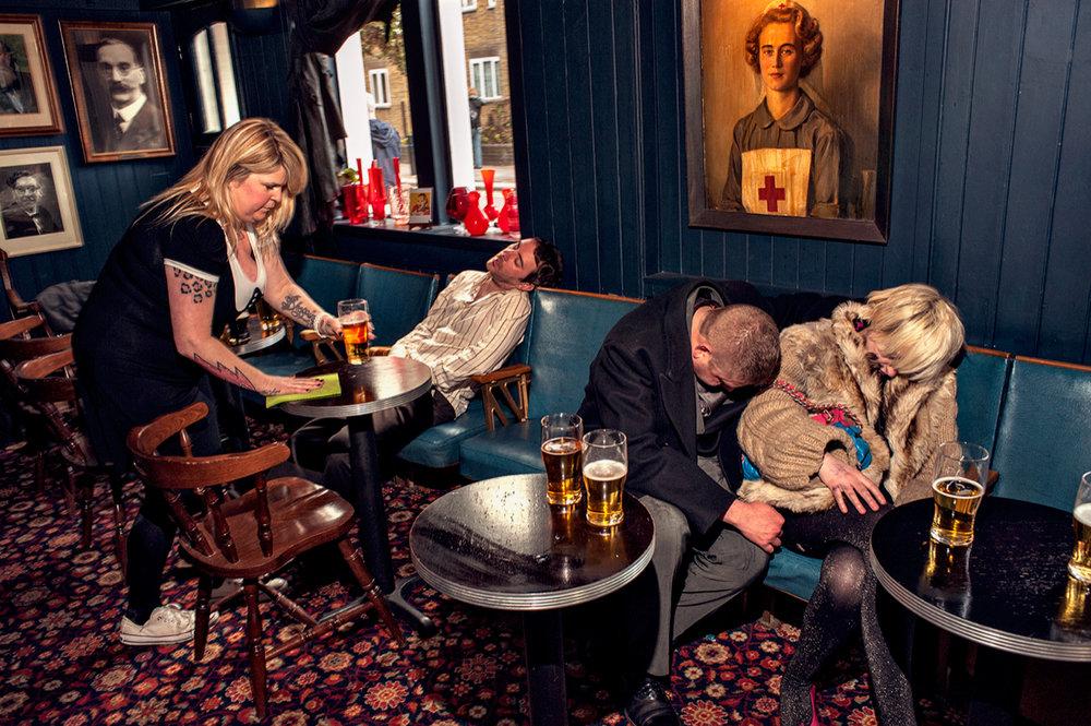 Dougie Wallace - Sleepers in pub.jpg