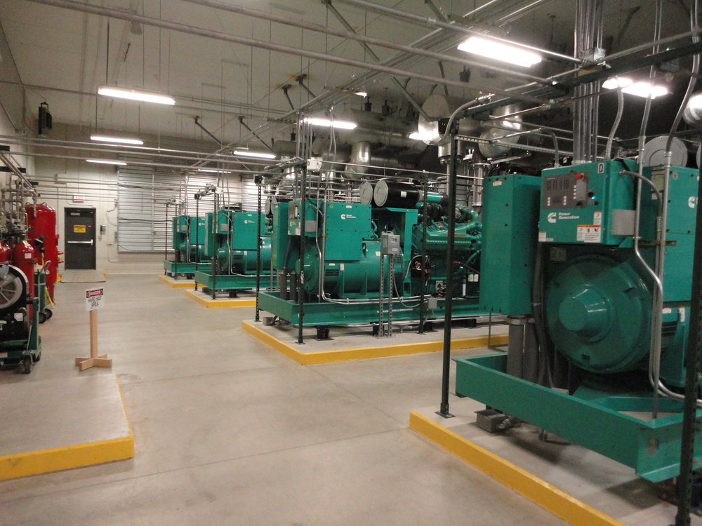 VZW- Cincinnati NEC- Duff Drive - Generators.JPG