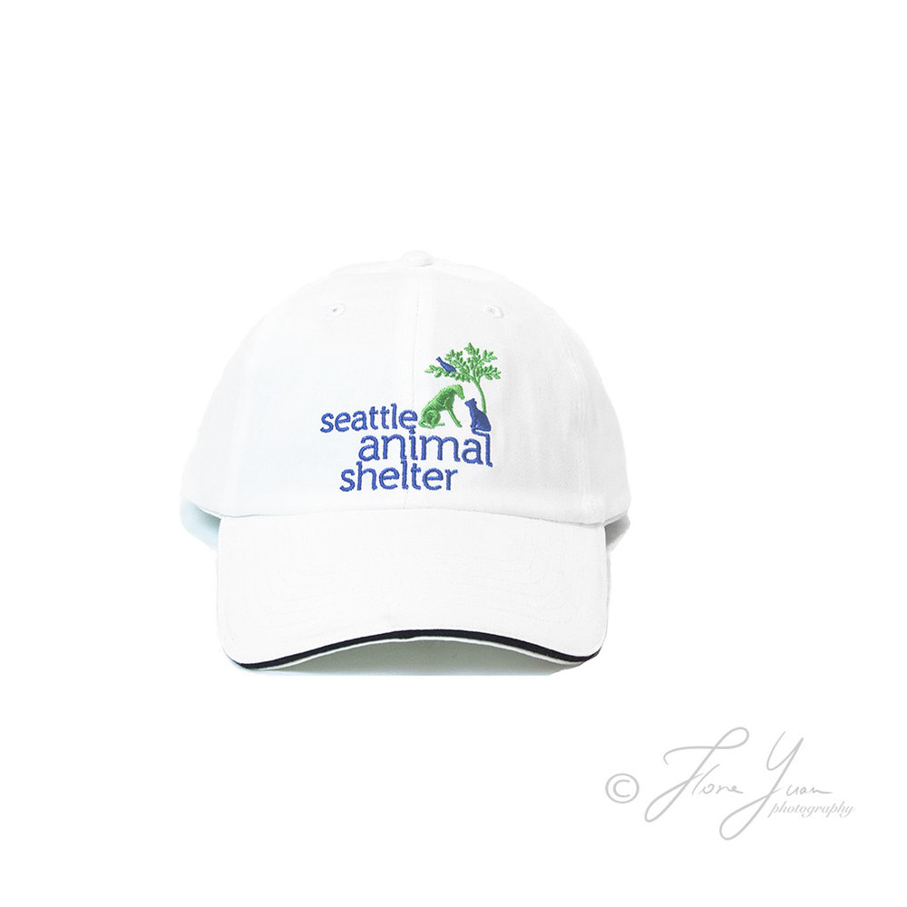 6U5A2083_white_hat_2signed.jpg