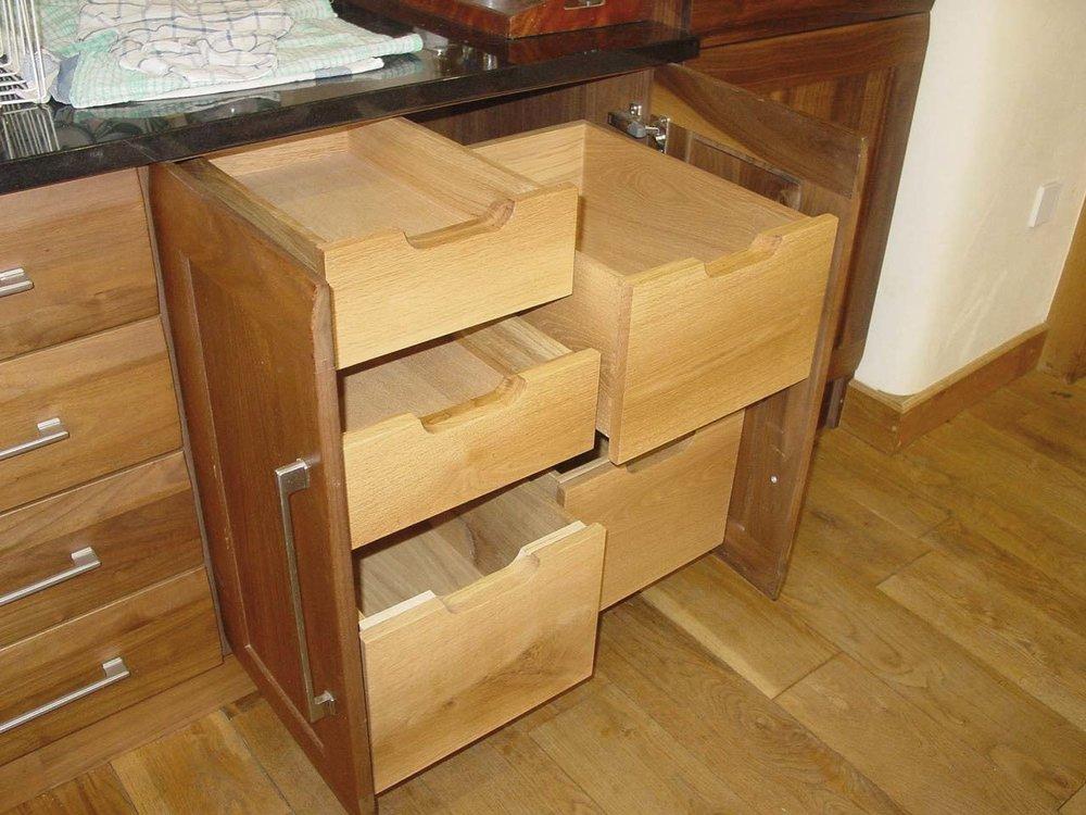 Oak Drawer Unit