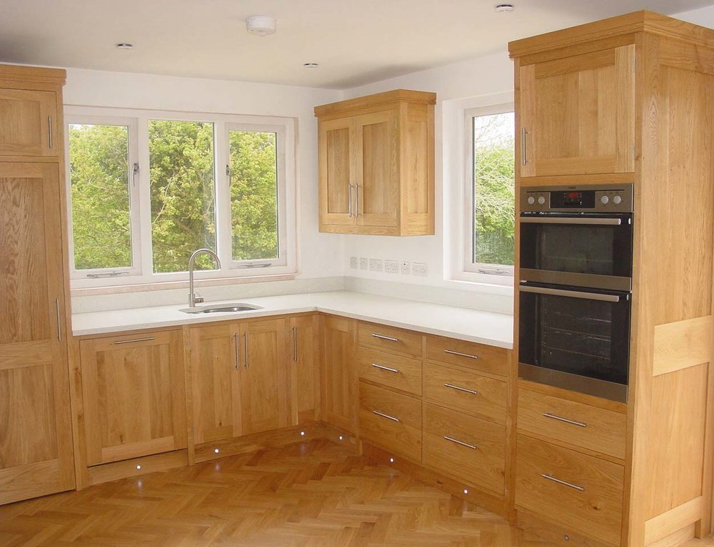 Oak Kitchen with Stone Worktop