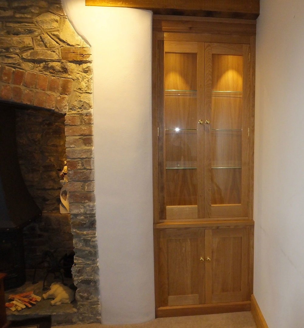 Fitted Alcove Unit in Oak
