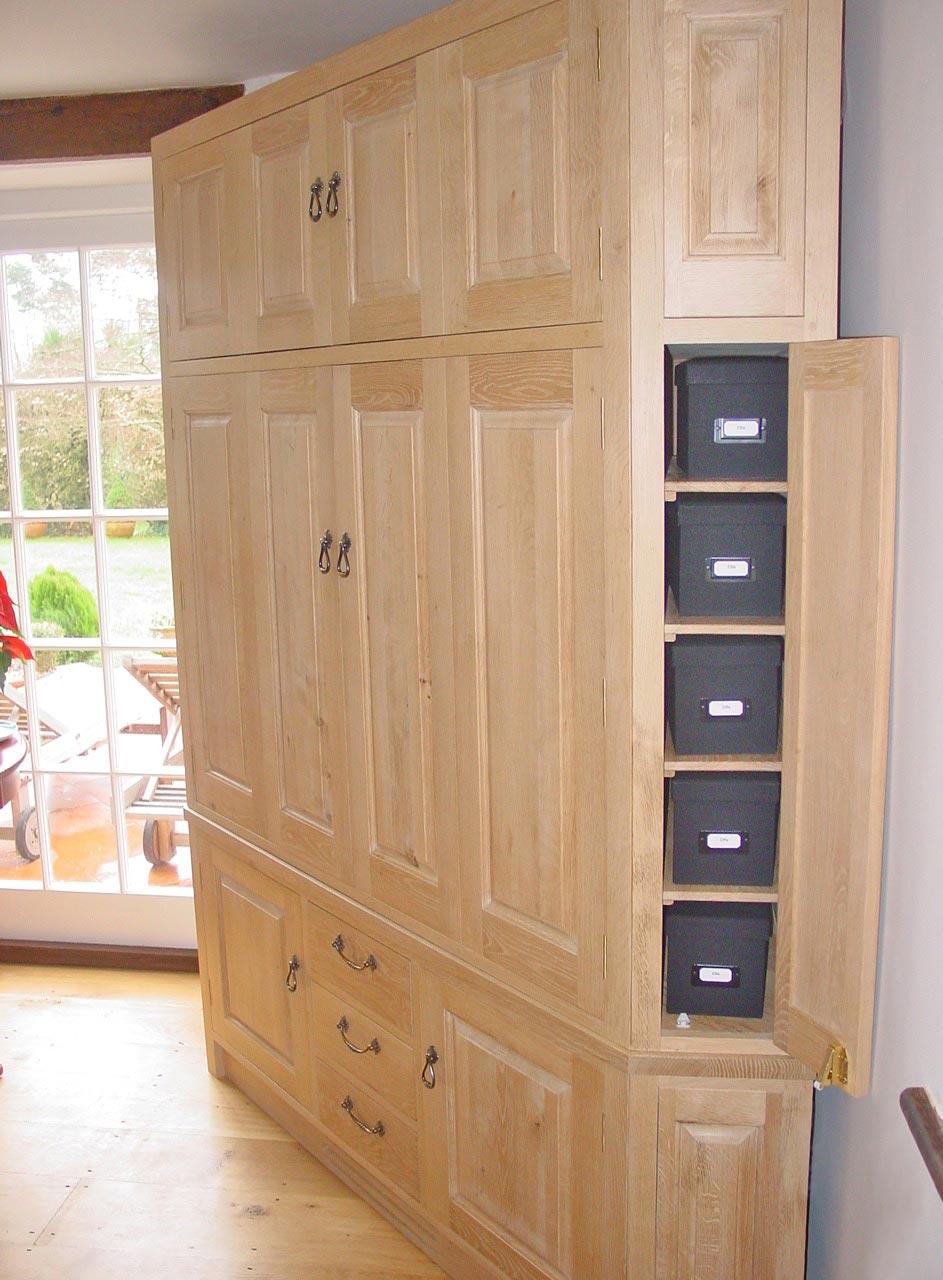corner-cabinet-02.jpg