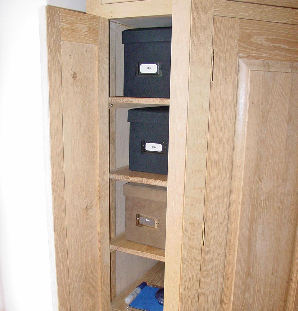 corner-cabinet-03.jpg