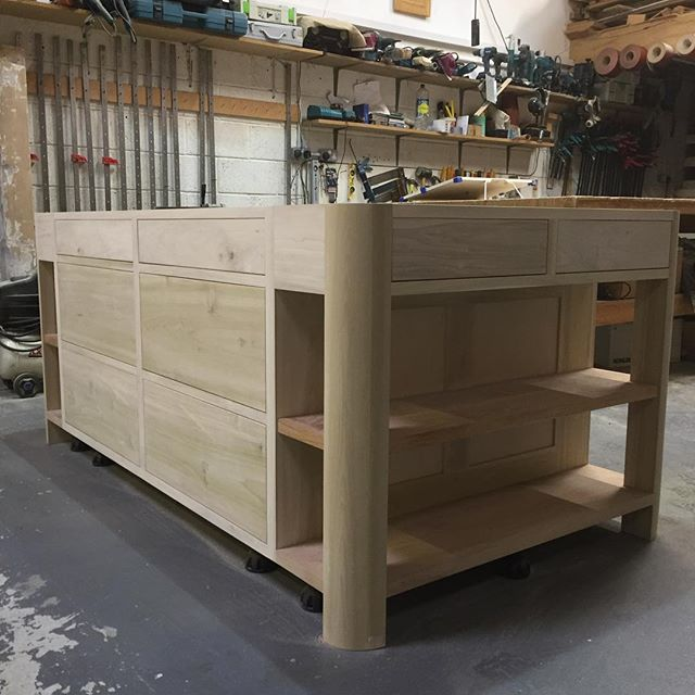 Drawers fitted to centre island