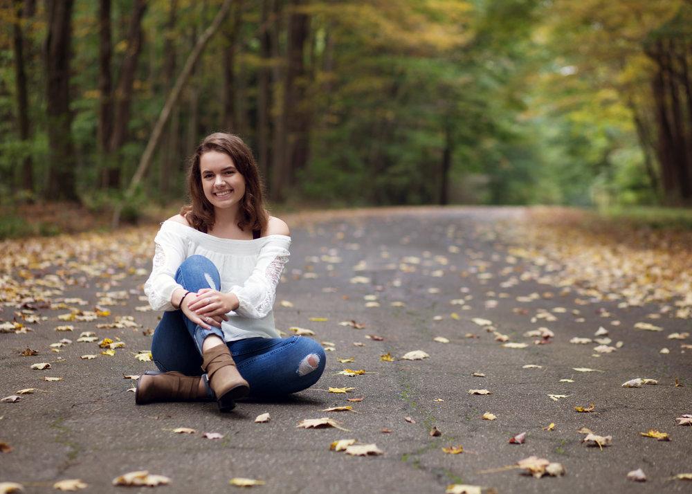 Senior Girl | Kelly Rhoades Photography