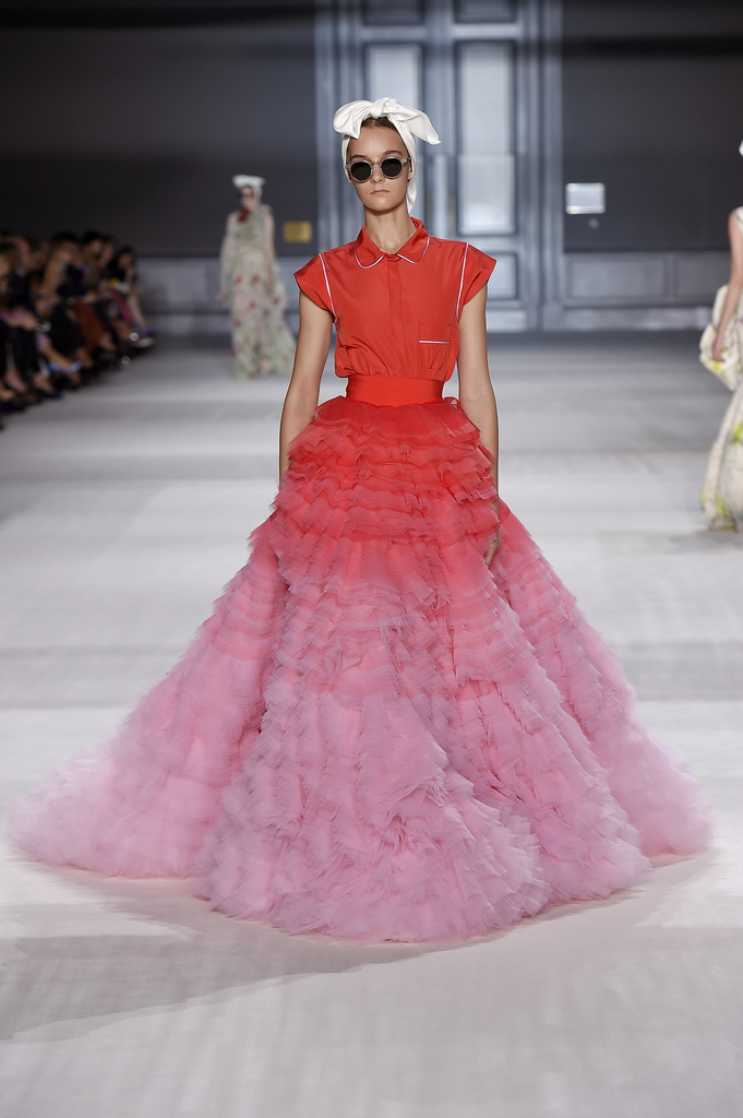 Skirt And Top, from Fall / Winter 2014–15 Haute Couture collection, 2014 tulle degradé, silk taffeta. Courtesy of Giambattista Valli. 19.2015.1a/c