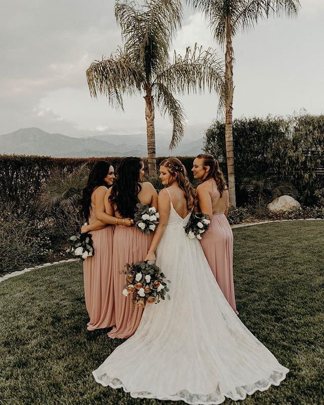The bride tribe 🌸 2 new sisters and your best friend by your side; what could be better?! Having your girls by your side as you celebrate the greatest gift in life, love! 💗That's what! Oh and tons of champagne and dancing the night away, that is a definite dream come true! ✨ . . . . . . #socalweddingphotographer#socalbride#redlandswedding#redlandsweddingphotographer#forthewildlyinlove#authenticlove#palmspringsweddingphotographer