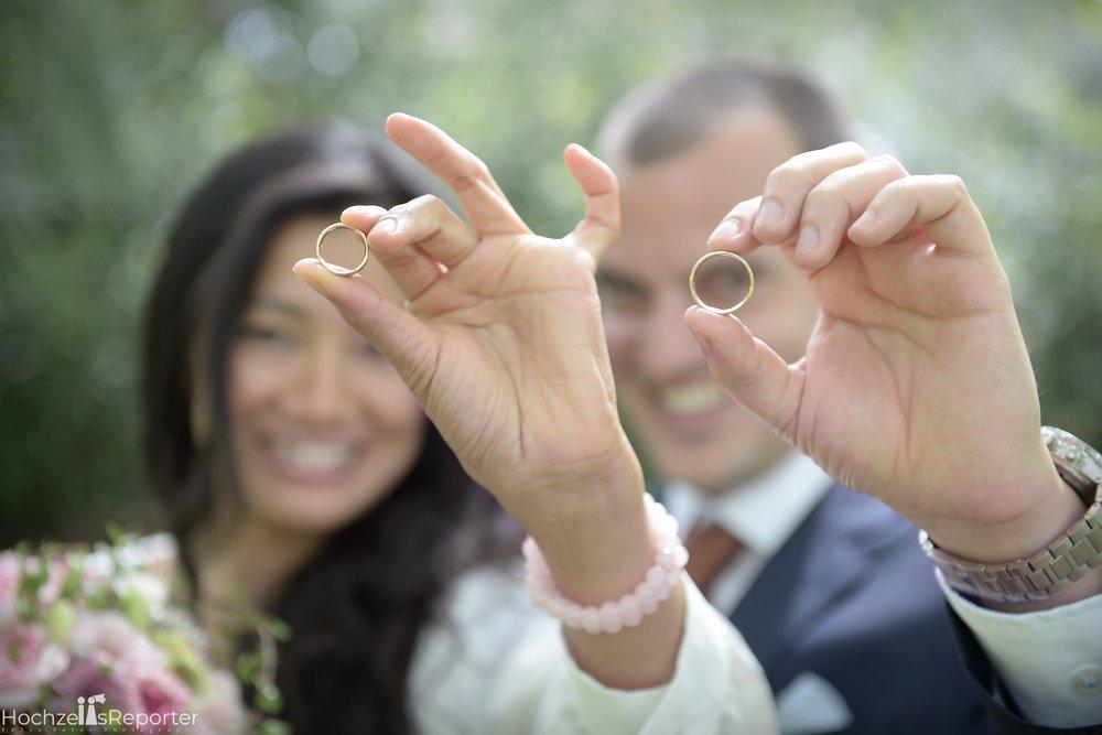 Hochzeitsfotograf_Bern_Thun_034.jpg