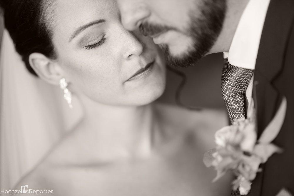 Hochzeitsfotograf_Bern_Thun_080.jpg