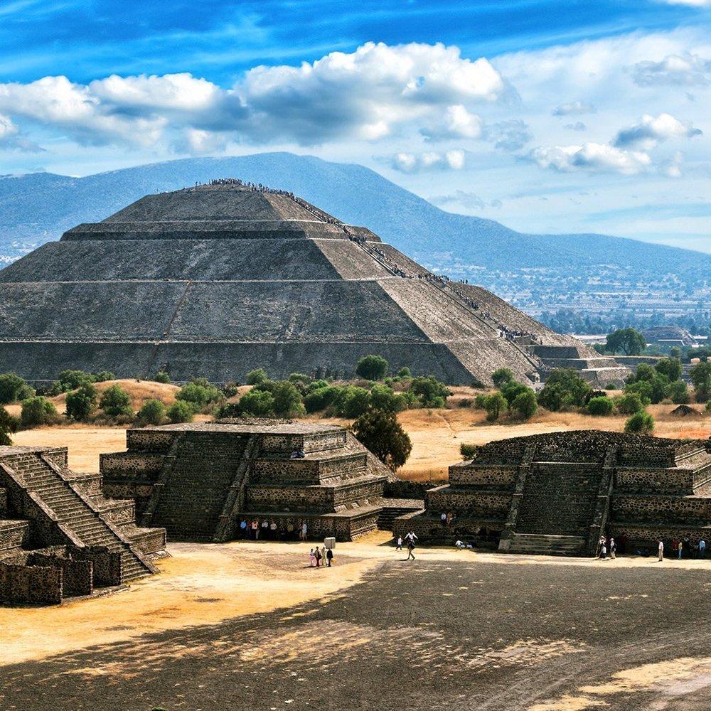 Teotihuacan-Pueblo-Magico-Estado-Mexico.jpg