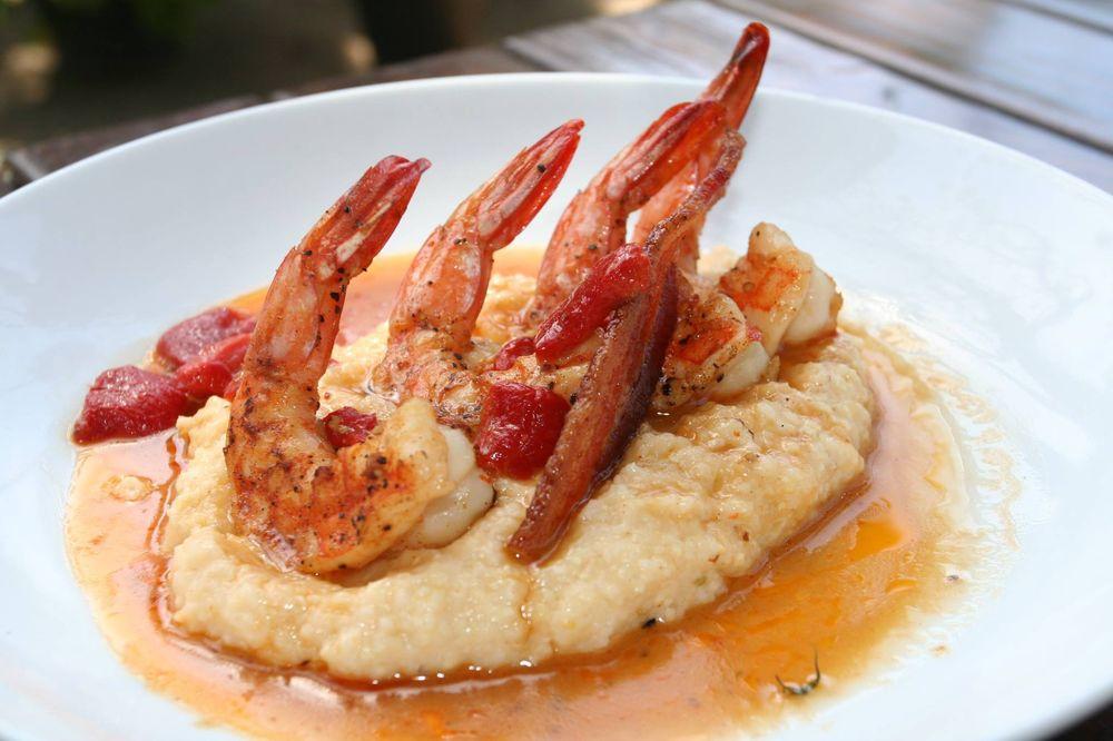 shrimp + grits.jpg