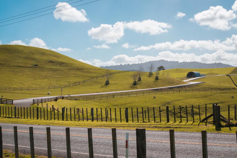 ShuttleMax-Countryside.jpg