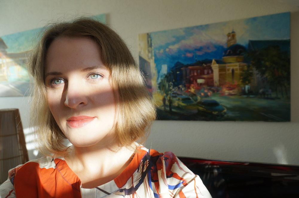 Olena Vavourakis Art Dealers.JPG