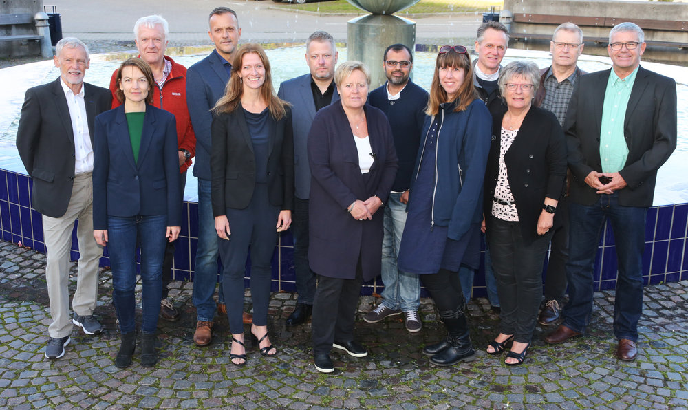 Her er det hold (med undtagelse af en enkelt, der var i udlandet), som vi stillede med til KV17. Alle aktive Hvidovreborgere, der, på tværs af landspolitisk overbevisning, mødes i en tværpolitisk lokalliste.