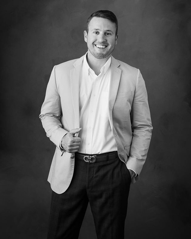 Matt is a real estate broker for Sotheby's. We love how hispersonality and laid-back attitude comes through in this pretty formal portrait. SEE OUR STORY to see something that warms our heart