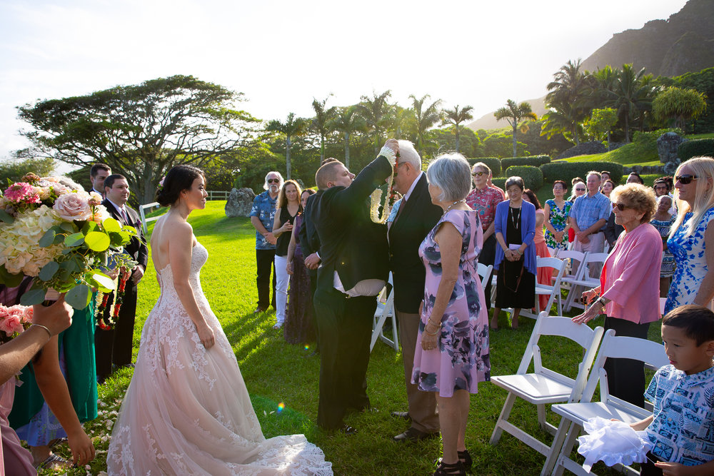 Kualoa Ranch Wedding in Hawaii -36.jpg